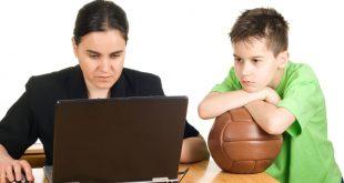 والدین پر مشغله و افت تحصیلی بچه ها