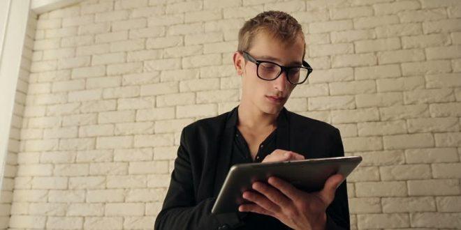 امنیت نوجوان در فضای مجازی