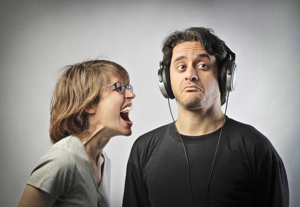 دلایل عصبانیت و از کوره در رفتن زود هنگام افراددلایل عصبانیت و از کوره در رفتن زود هنگام افراد