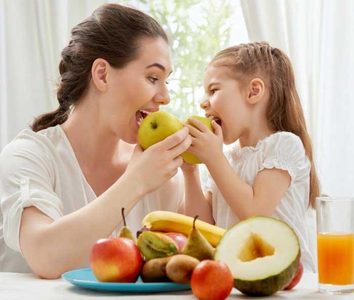 پرورش و رشد کودکان در خانواده