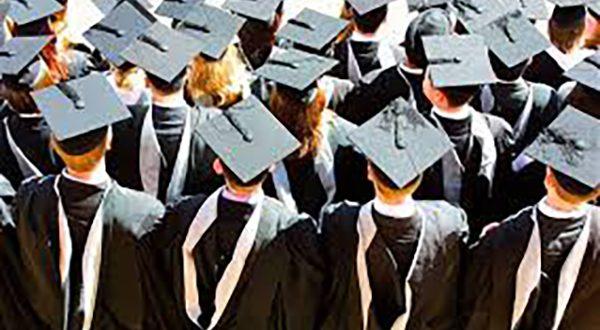 مزایای دانشگاه رفتن برای نوجوانان