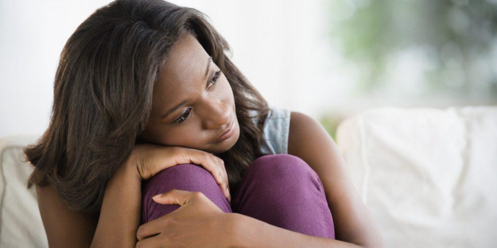 رابطه افسردگی با فوت و طلاق همسر
