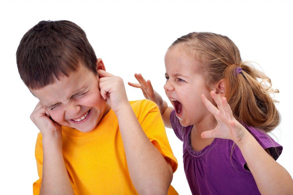 والدین زورگویی را به کودکان یاد ندهید