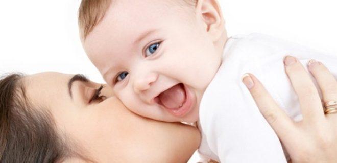 اهمیت شیر مادر بر سلامت کودک