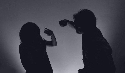 دست بلند کردن روی همسر در دین