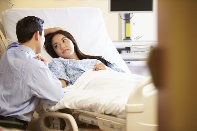 عوارض برداشتن تخمدان