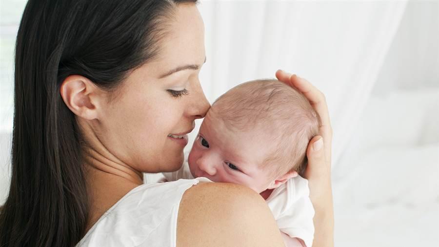 علت بوی خوش بدن نوزاد