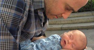 بوی خوش بدن کودک