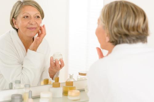 درمان افتادگی پوست زنان