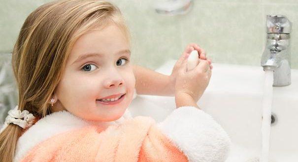 رعایت بهداشت دست کودک