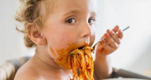 چگونه میتوان از کم غذایی کودک جلوگیری کرد