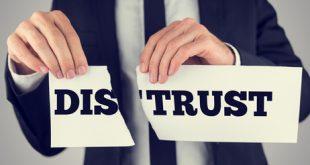 با بی اعتمادی چه باید کرد؟