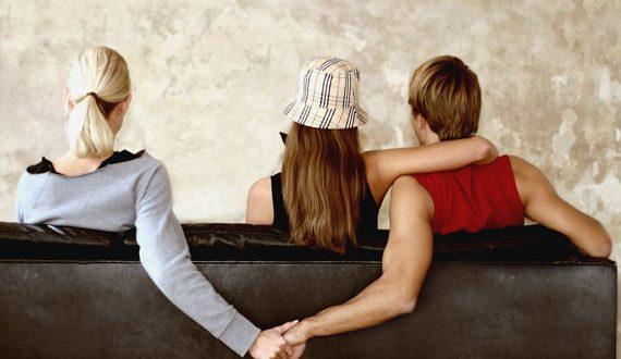 دلایل خیانت مردان به عشقشان