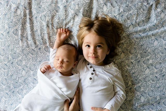 نقش رابطه خواهران و برادران در رشد اجتماعی فرزندان