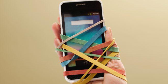 علت اعتیاد به موبایل