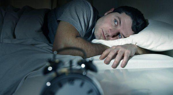 دلایل پریدن از خواب
