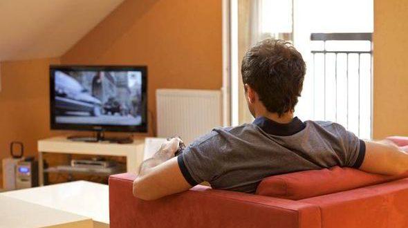 تماشای تلویزیون امید به زندگی را کم میکند