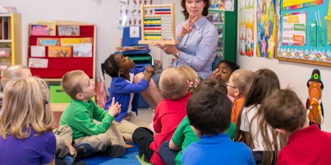 چه سنی کودکان به مهدکودک بروند؟
