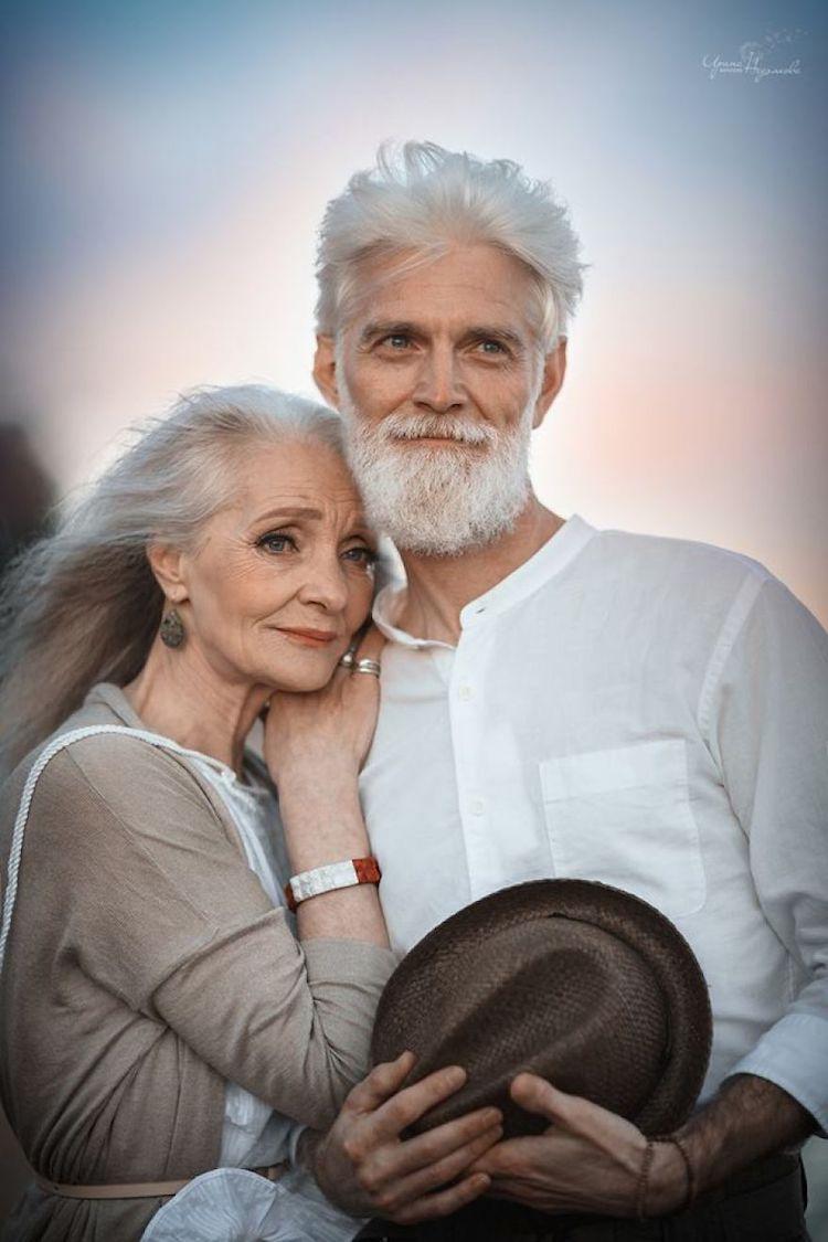 آشنایی با راه های حفظ روابط زناشویی در سالمندی