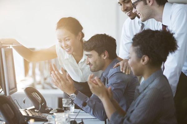 کسب موفقیت در محیط کار