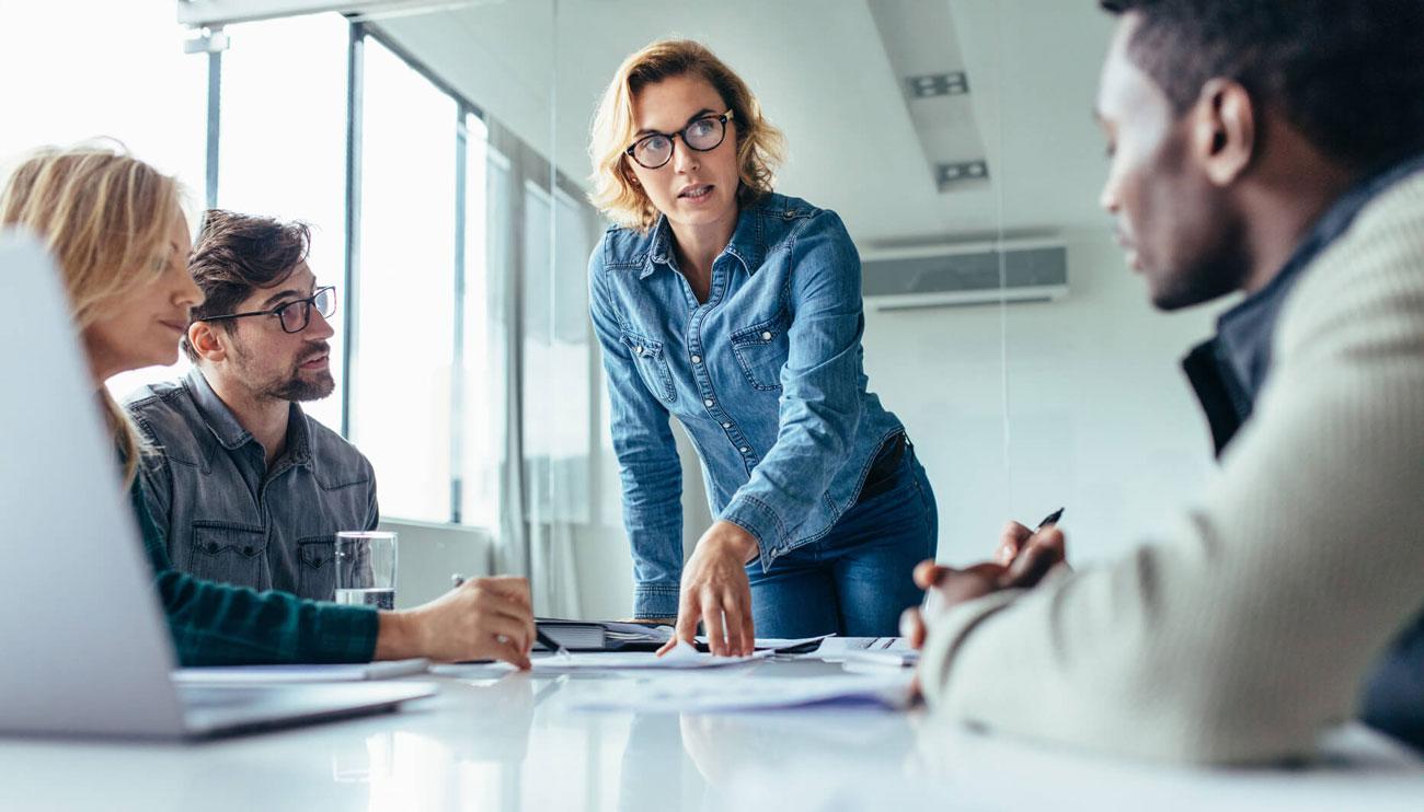 بررسی انواع سبک های مدیریتی