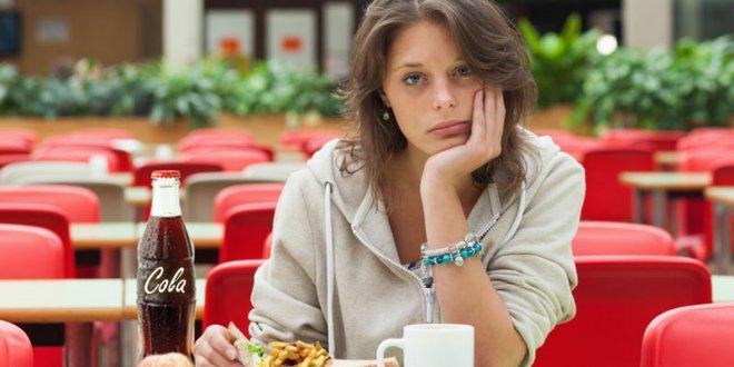 مواد غذایی تشدید کننده افسردگی