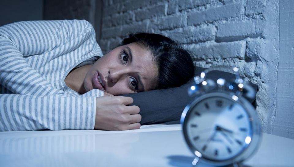 علت بی خوابی چیست؟