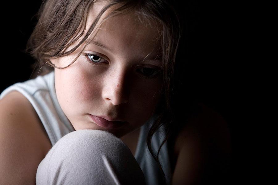 بررسی علائم افسردگی در کودکان