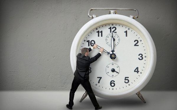 زمان نیست